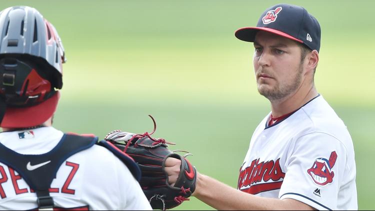 Trevor Bauer, Cleveland Indians beat sliding Chicago White