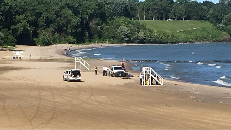 16 Year Old Swimmer Drowns At Ashtabula S Walnut Beach 26 Lake Erie Fatalities This Wkyc