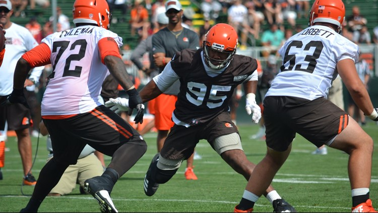 Watch: Cleveland Browns DE Myles Garrett readies for training camp by working out with UFC contender Stipe Miocic