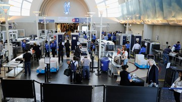 How is government shutdown affecting Northeast Ohio's airport security?