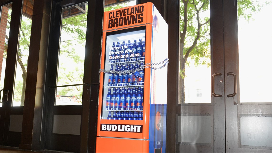 Bud Light installing 'Victory Fridges,' will give away free beer
