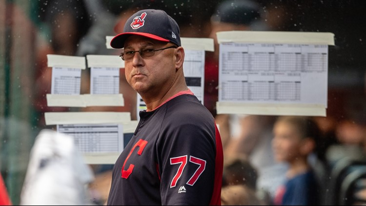 Terry Francona: Versatile players 'can save roster' for Indians
