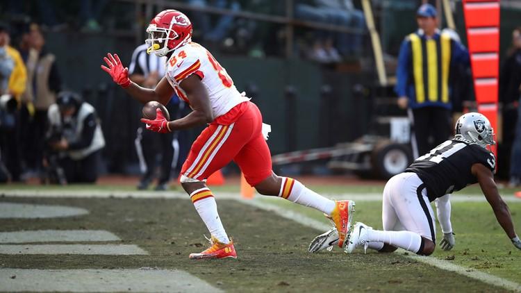 Demetrius Harris Kansas City Chiefs-Oakland Raiders Football