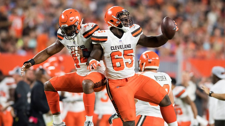 5bc4369b3a0 RECAP: Cleveland Browns earn gritty win over Philadelphia Eagles in ...