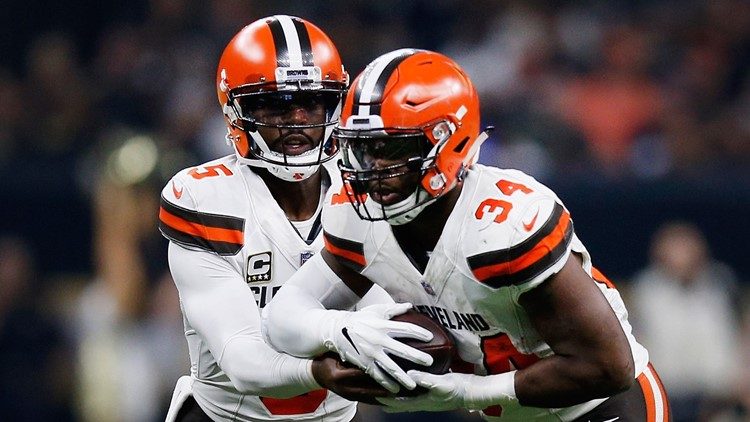 Veteran running back Carlos Hyde extends the Cleveland Browns' lead over the New Orleans Saints with his second rushing touchdown of the season.