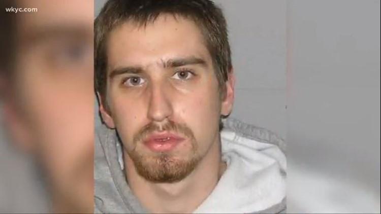 Fugitive Shawn Christy is in Mansfield area, deputy U S  Marshals