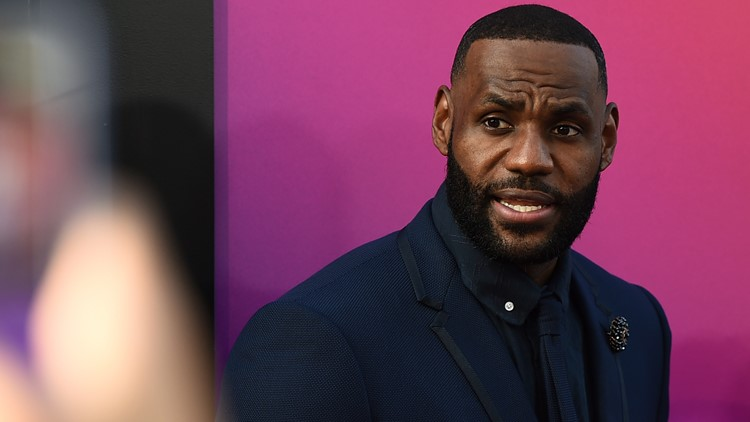 Report: LeBron James becomes first active NBA player with $1 billion in career earnings