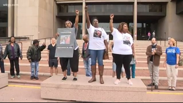 Leon Bibb Reports | Victims' families demand Cleveland Police reform