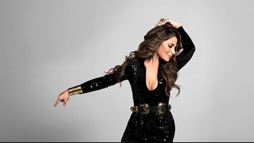 Straight up!  Paula Abdul looks to knock out fans with tour stop in Cleveland