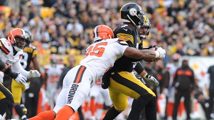 Myles Garrett-Browns-Steelers_1540755555266.jpg.jpg