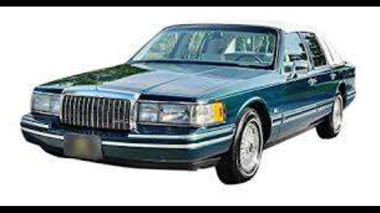 1993 Lincoln Town Car_1541868729647.PNG.jpg