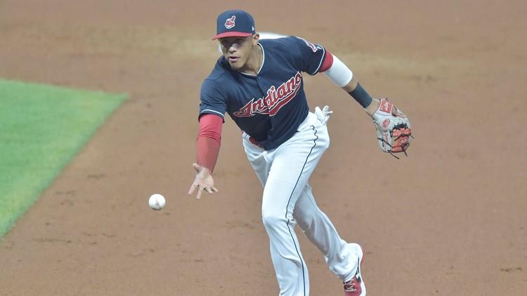 Cleveland Indians trade Erik Gonzalez, others to Pittsburgh Pirates for Jordan Luplow, Max Moroff