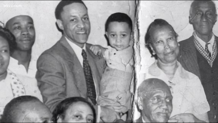 LEON BIBB COMMENTARY | Let's be thankful for family this Thanksgiving