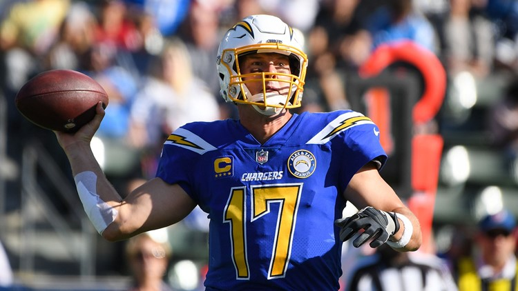 Philip Rivers Chargers vs-432346027. Cardinals