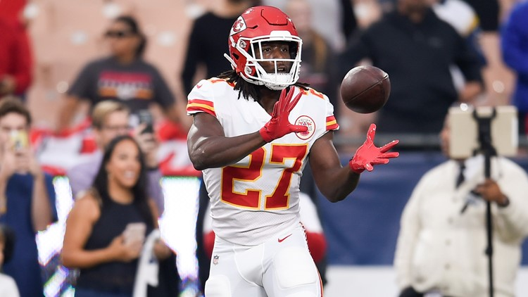 Cleveland Browns sign RB Kareem Hunt 4