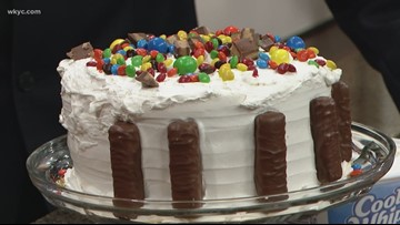 Hollie Strano's candy cake recipe