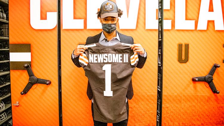 Browns first-round pick Greg Newsome II chooses jersey number