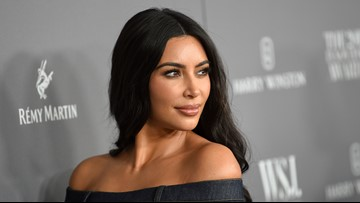 Pop Break on What's New:  Kim Kardashian being sued, Sarah Jessica Parker breaks her silence on the Big vs Aidan debate, & the 4 pic challenge