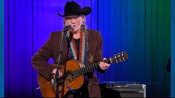 Willie Nelson has stopped smoking weed