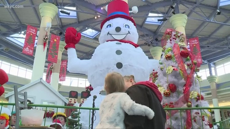 Archie the talking snowman returns to Chapel Hill Mall in Akron