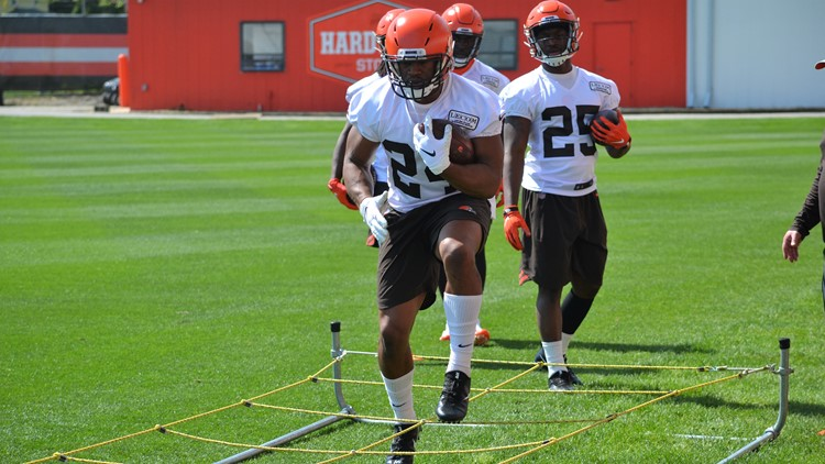 Cleveland Browns RB Nick Chubb during OTAs