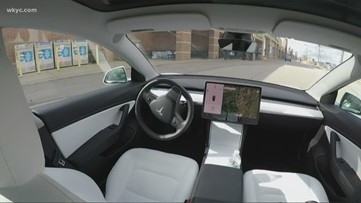Tesla car drives itself through parking lots with 'Smart Summon' feature