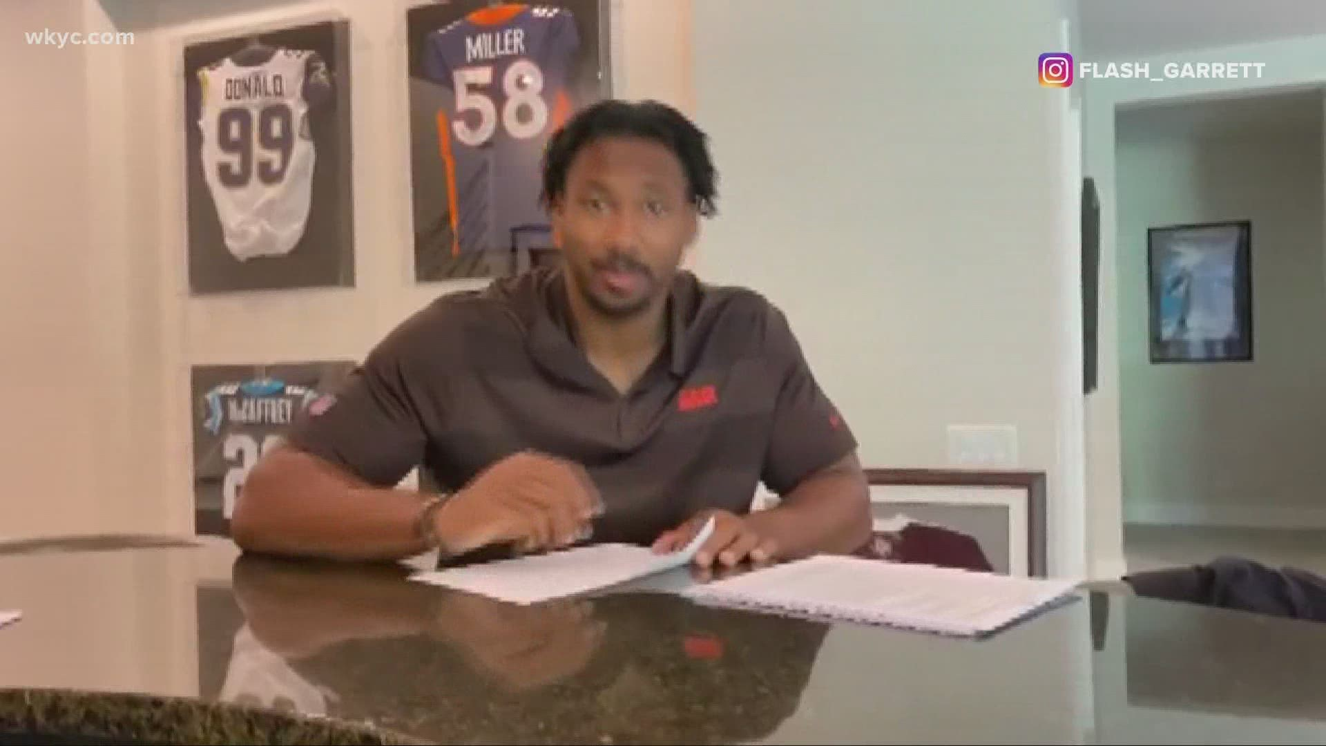 Myles Garrett signs $20 million dollar contract with the Browns