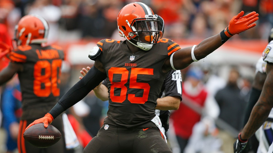 Cleveland Browns TE David Njoku 'excited' to play with Kareem Hunt