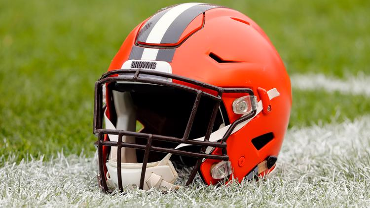 Haslams vow to 'absolutely never' change Cleveland Browns' helmet