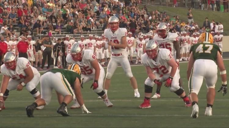 Mentor edges St. Edward 29-28 to open high school football season