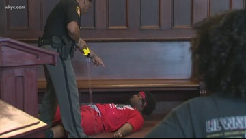 Brawl erupts during sentencing in Youngstown courtroom