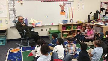 Leon Bibb tells a fun tale in visit to school book nook