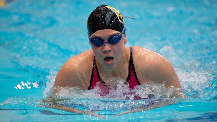 College of Wooster swimmer Molly Likins 3