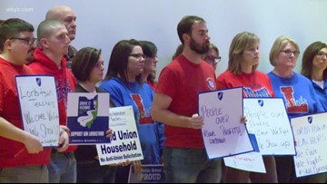 Town hall meeting held in Warren to encourage GM to keep Lordstown plant open