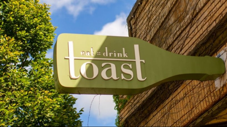 Toast in Cleveland's Detroit-Shoreway neighborhood to require proof of COVID-19 vaccination or negative test