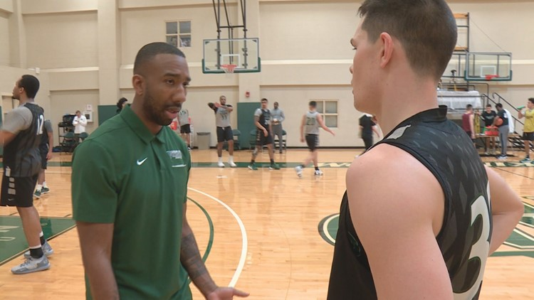 Former Northeast Ohio basketball standout begins new career on sideline