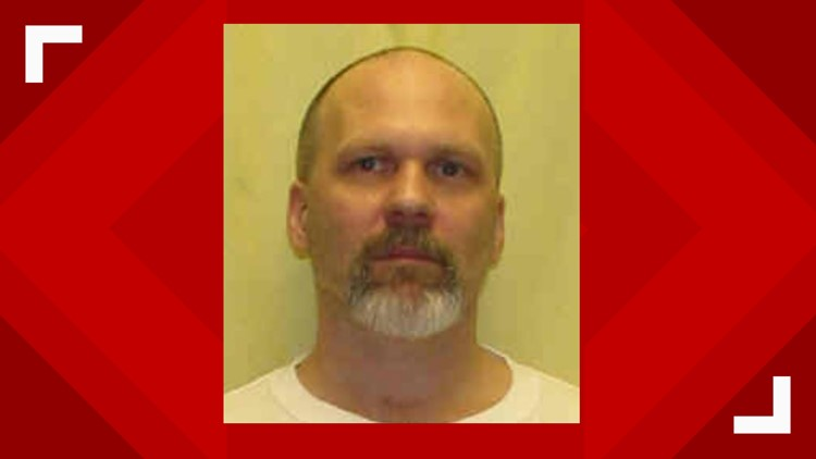 Federal judge allowing open phone line during Ohio inmate's execution