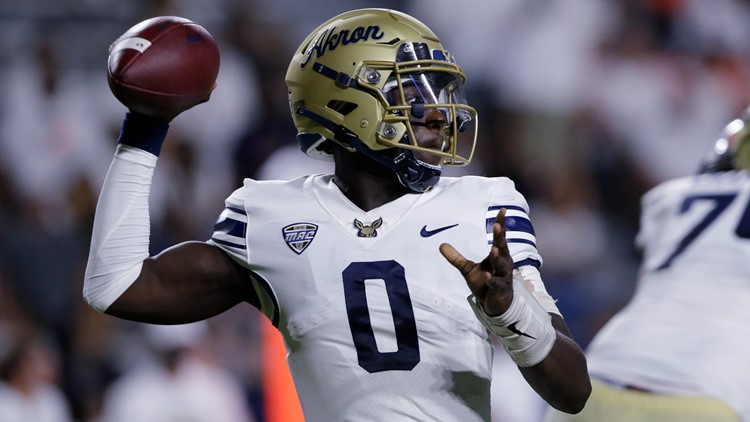 DJ Irons accounts for 4 TDs, leads Akron over Bryant 35-14