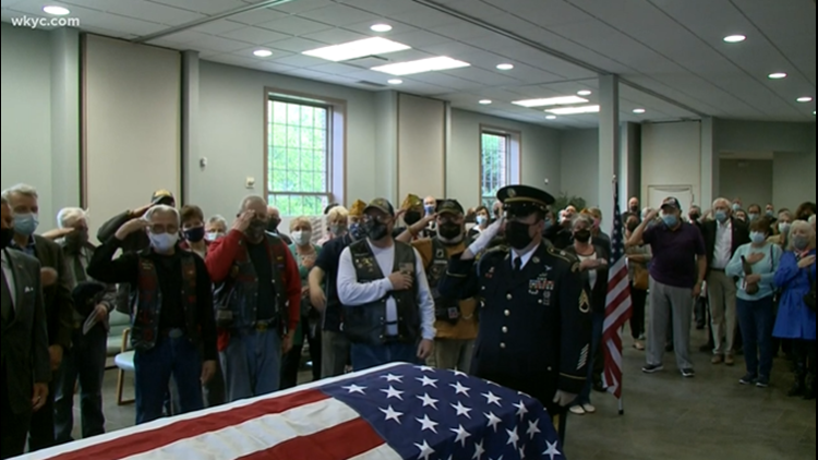 Community holds funeral for 90-year-old Northeast Ohio veteran without living relatives