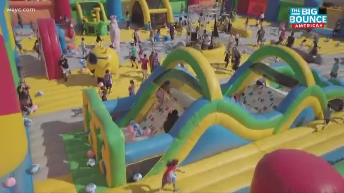 the world 39 s largest bounce house arrives in north ridgeville. Black Bedroom Furniture Sets. Home Design Ideas