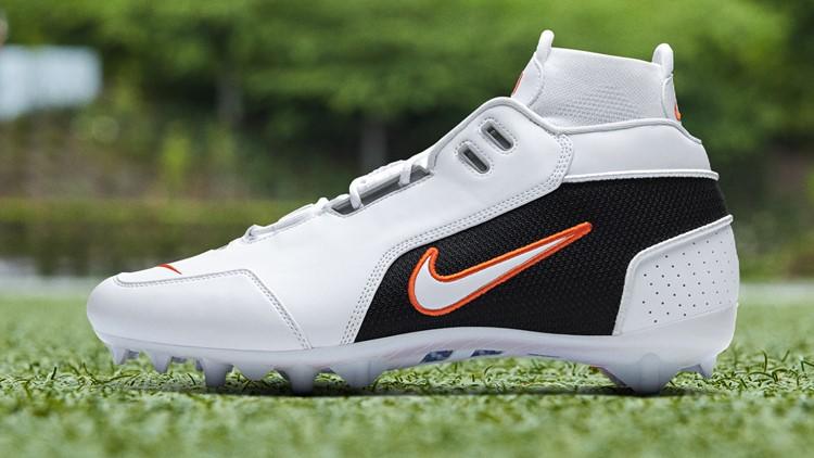 Odell Beckham Jr. Nike Air Zoom Generation pregame cleat Broncos