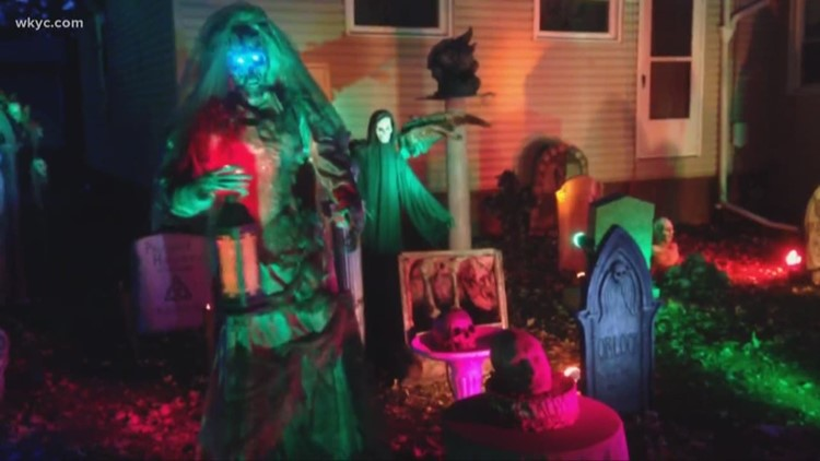 Home Haunters In Northeast Ohio The Scariest Decorations