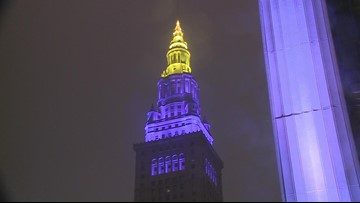 Cleveland pays tribute to Kobe Bryant as Terminal Tower illuminates in Lakers colors