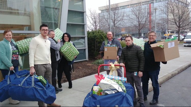 WKYC loads presents for Fostering Hope