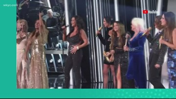 Showcase of 'girl power' at CMA Awards