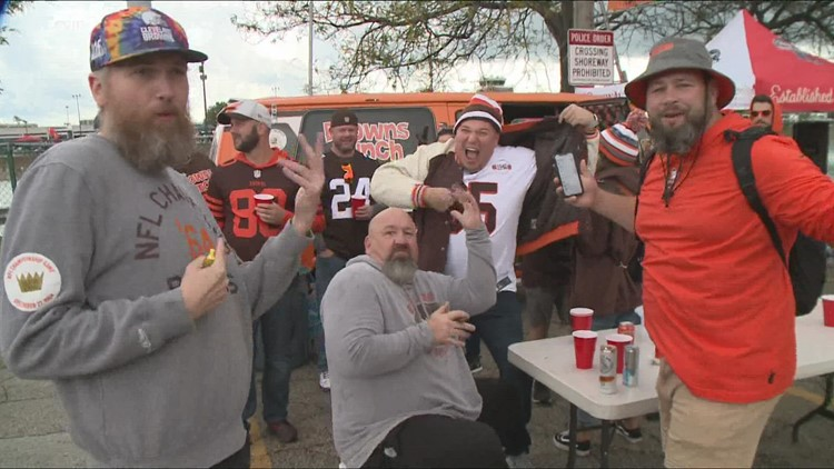 Downtown businesses preparing for busy weekend ahead due to Browns game, Cleveland Marathon