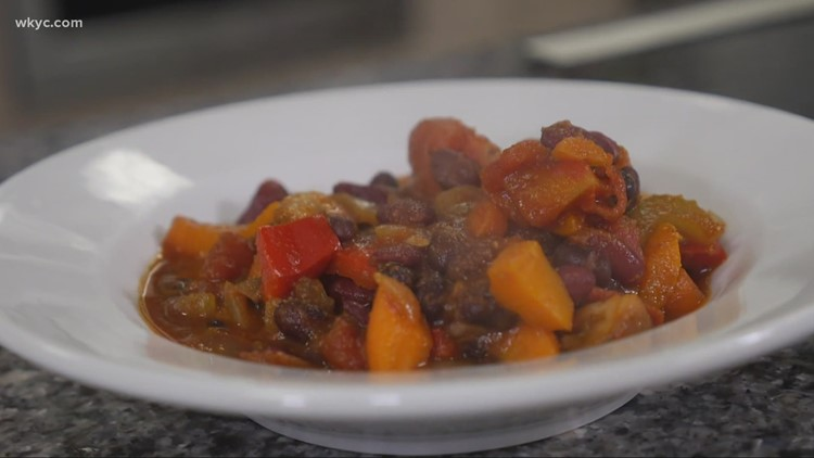 Easy recipe for vegetarian chili from Cleveland Central Kitchen
