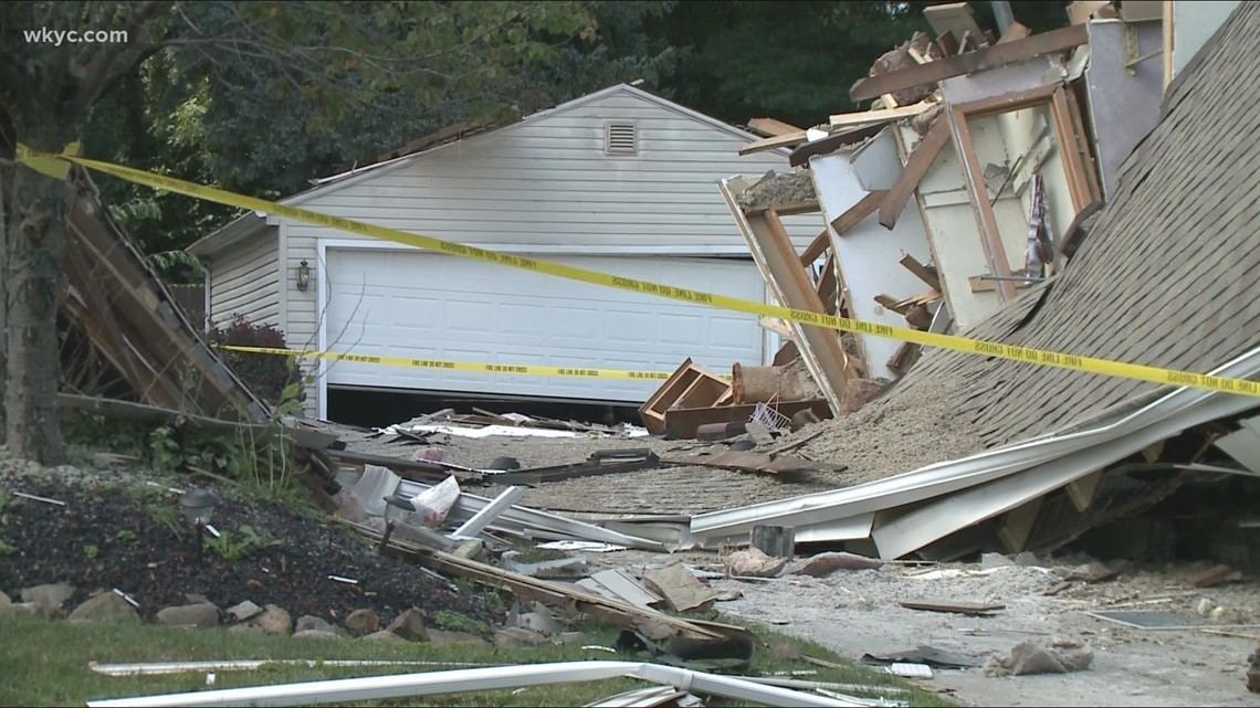 Neighbor rescues resident from collapsed home in Akron