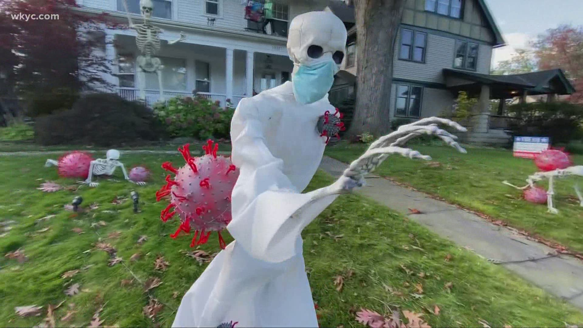Halloween Skull Decorations.Cleveland House Wins Halloween With Epic Skeleton Decorations Wkyc Com