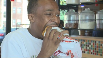 Cleveland man gives enthusiastic reaction to Popeyes' new chicken sandwich